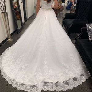 Size 10 Allure wedding dress